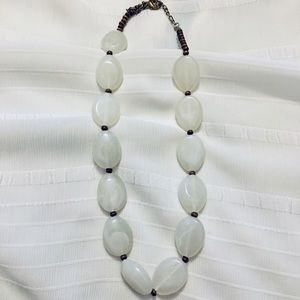 💥5/$10💥 Opaque White Beaded Necklace
